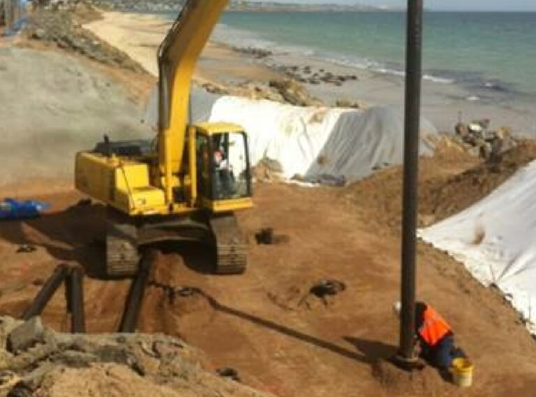 Infrastructure_beach_Piling-systems@2x