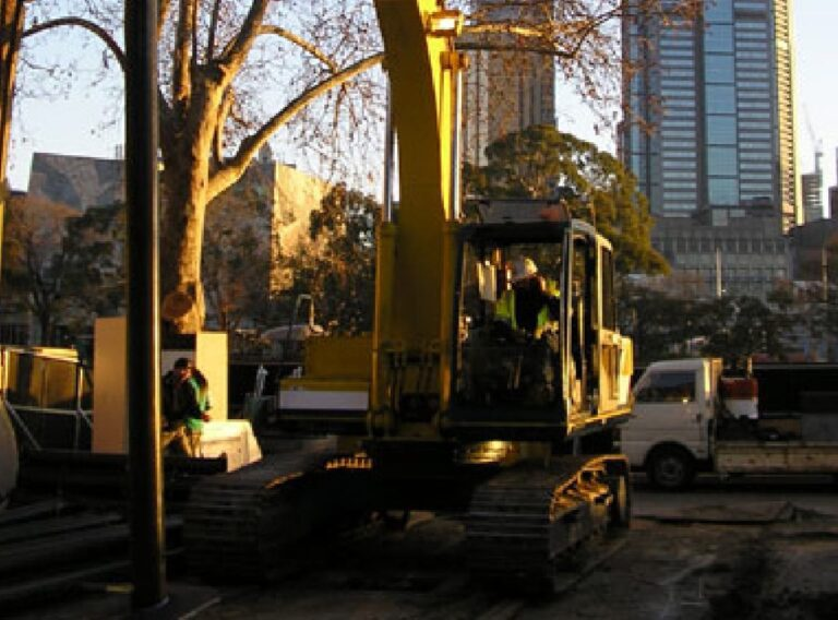 Commercial_Yarra2_Piling-Systems@2x